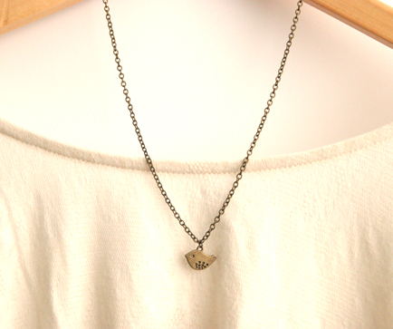 Small Swallow Bird Vintage Style Antique Brass Necklace, perfect for a Vintage Style Wedding
